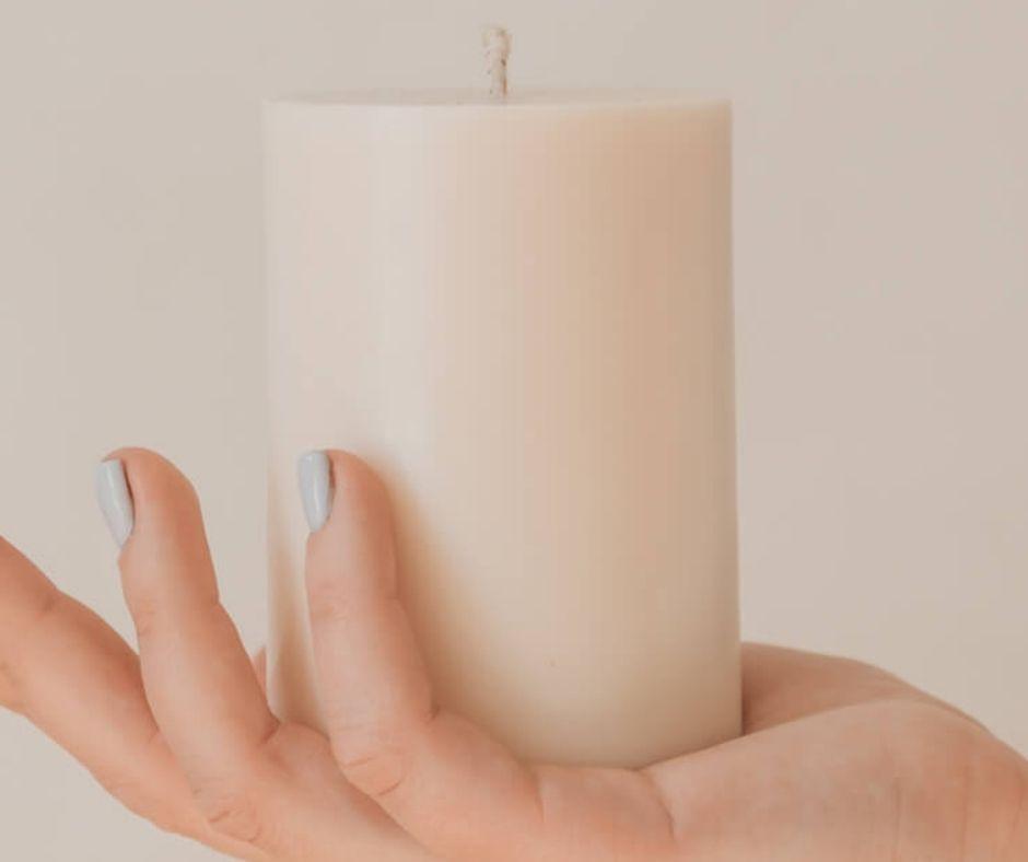 Balta svece 400ml